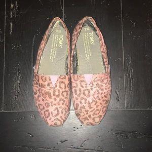 Women's Pink Leopard Toms▪️Size 5